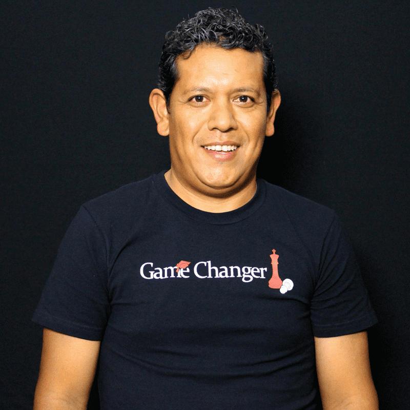 Leonel López